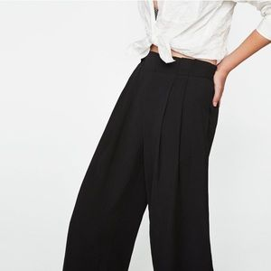 Zara paperbag pleated culottes (NWOT)